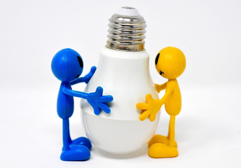 energiesparlampe-3282666_1920.jpg